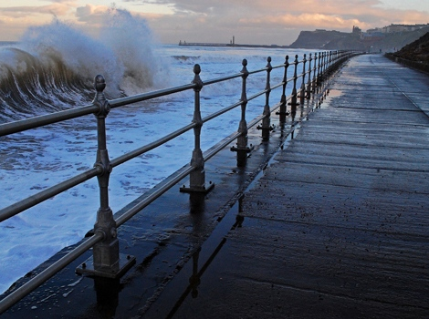 Waves, Whitby